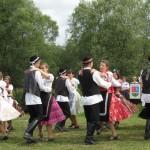 Birbic Tánccsoport - tánc a réten